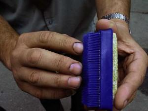 Щетка для чистки ногтей