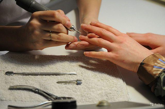 Аппаратный маникюр ногтей