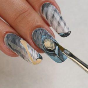 Дизайн ногтей кистями