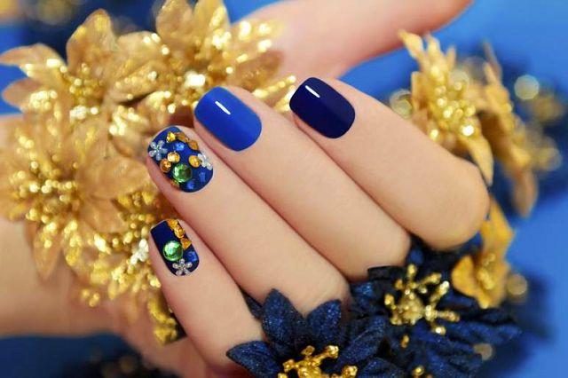 Дизайн синим шеллаком