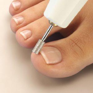 Как сделать шеллак на ногах