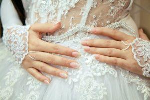 Примеры свадебного маникюра